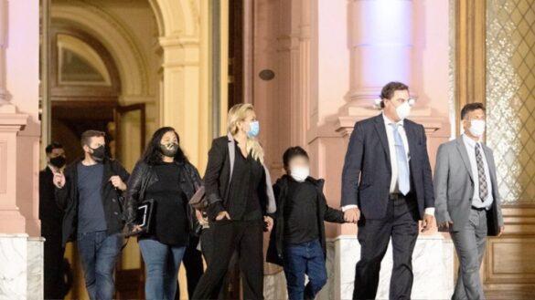 Verónica Ojeda junto a Diego Fernando Maradona, el hijo más chico del 10